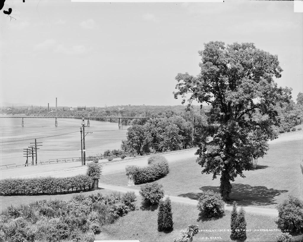 224_1905c-loc.tif