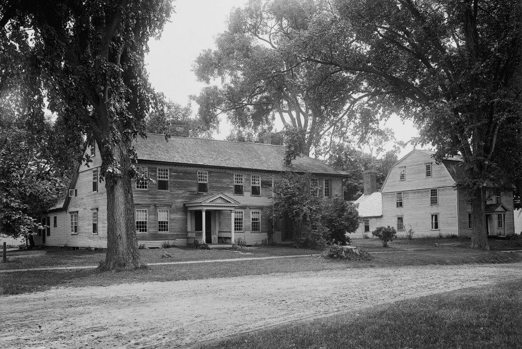 1051_1900-1904c-loc