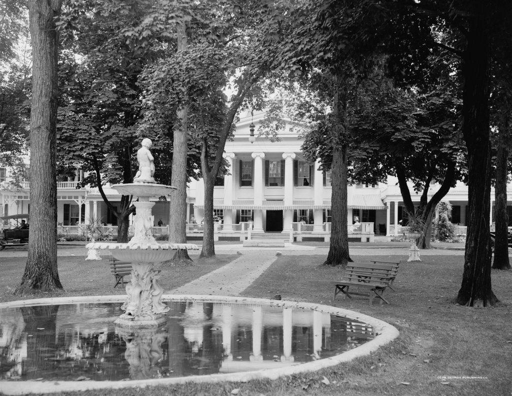 1112_1900-1920 loc