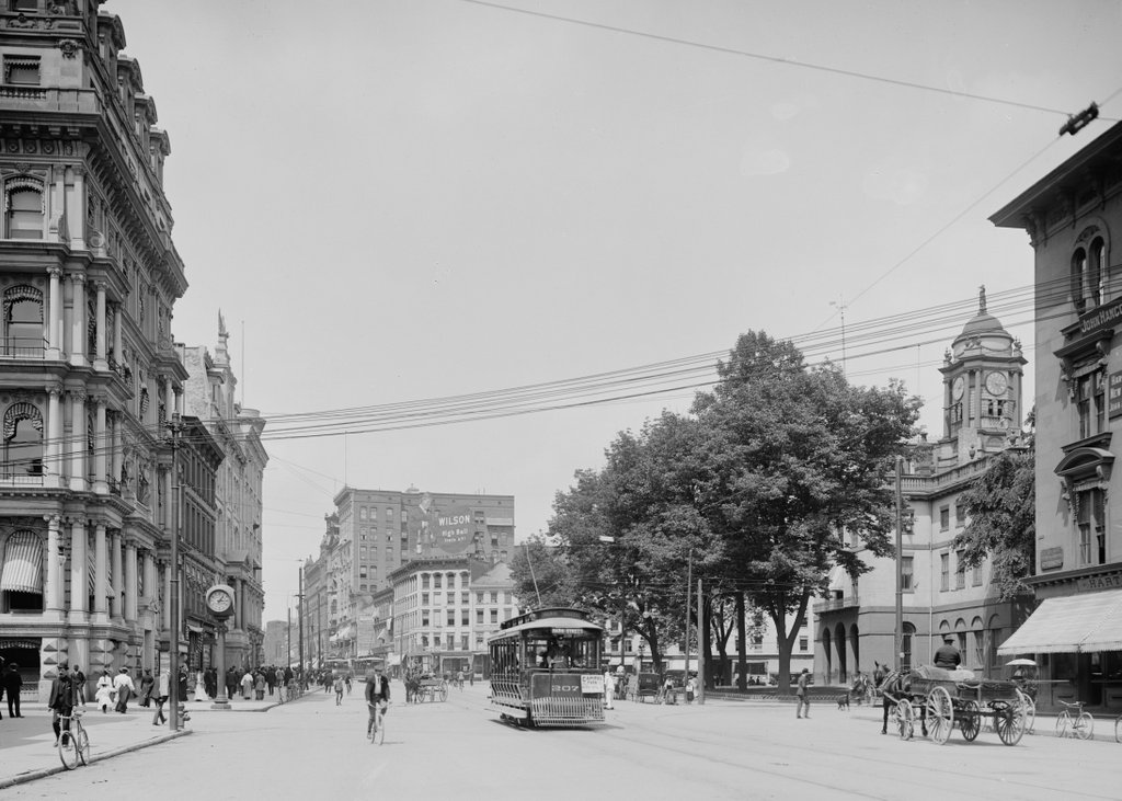 517_1905c loc (02 City Hall and Main Street)