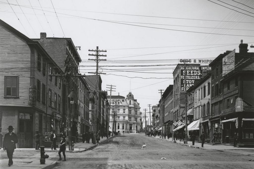 State St. west of Front