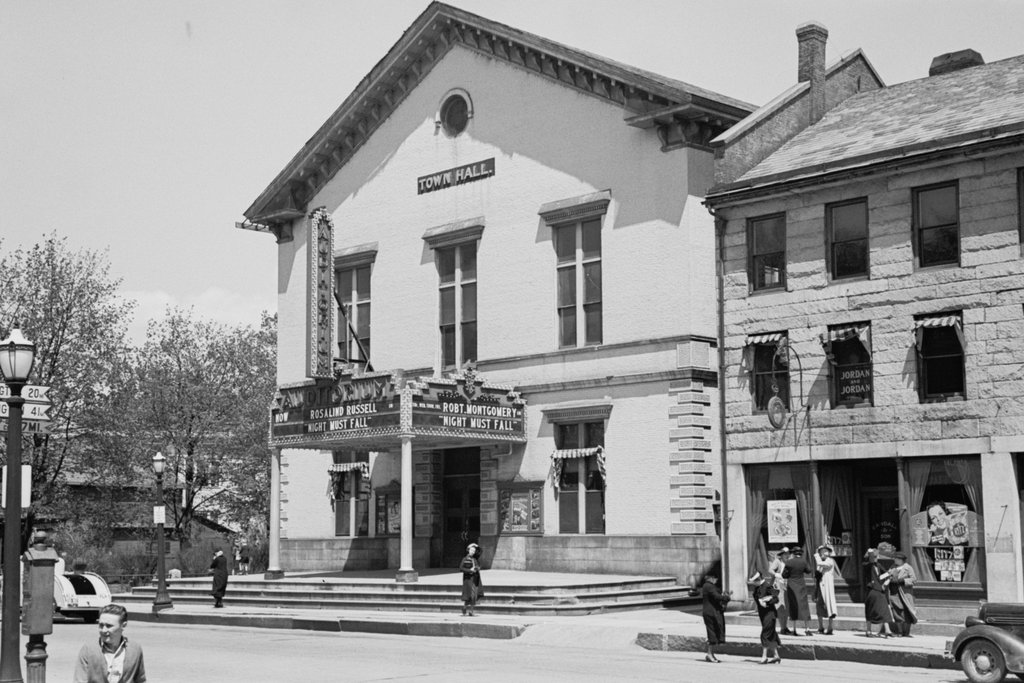 Town Hall Brattleboro Vermont 2 Lost New England